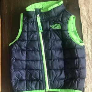 North Face thermoball vest 6-12 months